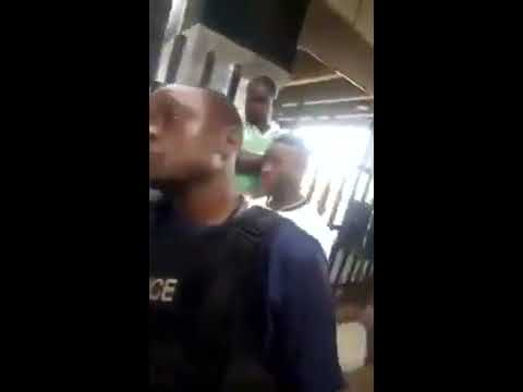 Man fights policeman in public