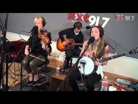 "KXT Live Sessions, Court Yard Hounds ""Sunshine"""