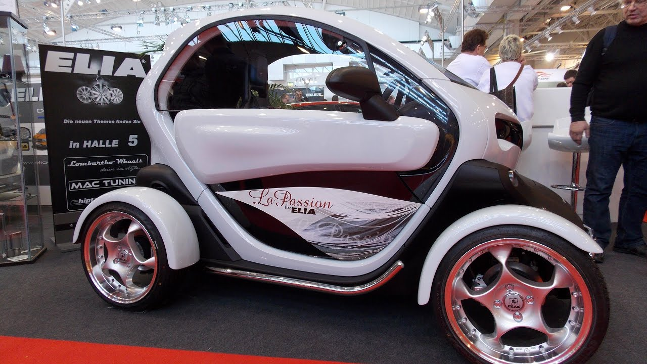 elia renault twizy la passion youtube. Black Bedroom Furniture Sets. Home Design Ideas