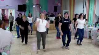 Флешмоб родителей и учителей СШ №1 Выпускной 2015 (г.Узда)