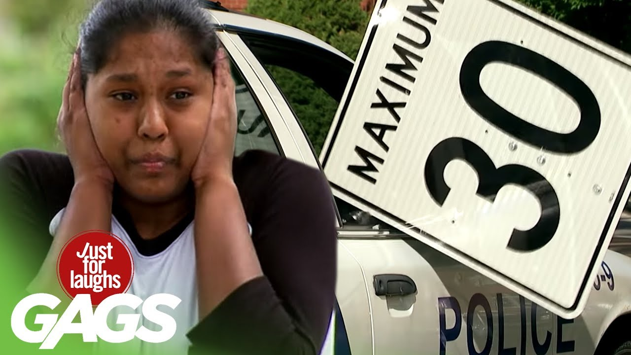 Funny Prank አስቂኝ ሽወዳ - Speed Sign Smashes Cop Car's Window