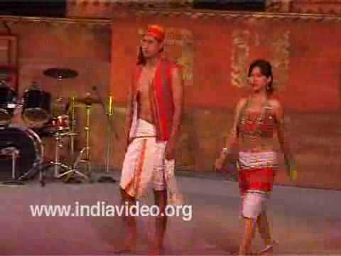 Uttarakhand Traditional Dance Traditional dress Cost...