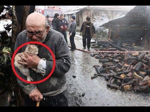 Старик ДУМАЛ, что ПОТЕРЯЛ при пожаре всё, пока из под ГОРЯЩИХ обломков не показалось это