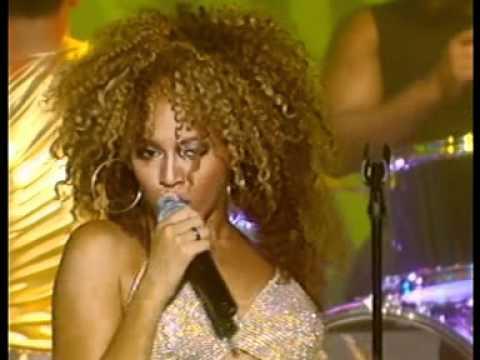 Beyoncé Work It Out live