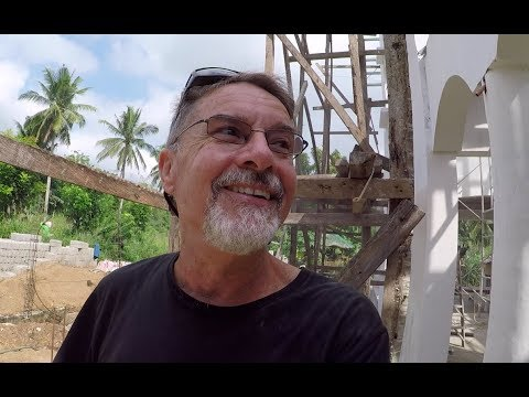 VILLA FELIZ - EPISODE 176: SOMEONE'S GOT A CASE OF THE MONDAYS (House Building in the Philippines)