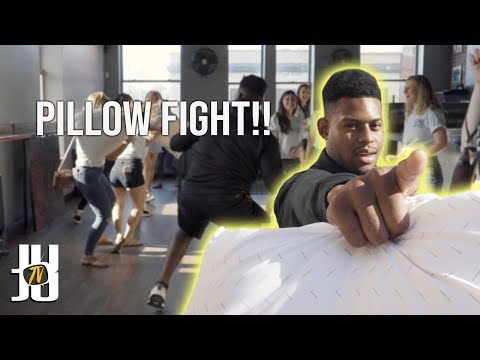 JuJu Smith-Schuster Pillow Fights With Strangers!!