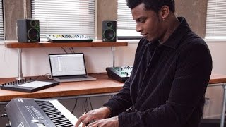 Roland RD-2000's Vintage electric piano sound preview by Kola Bello