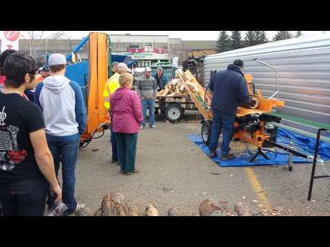RR2500 Firewood Processor with Infeed