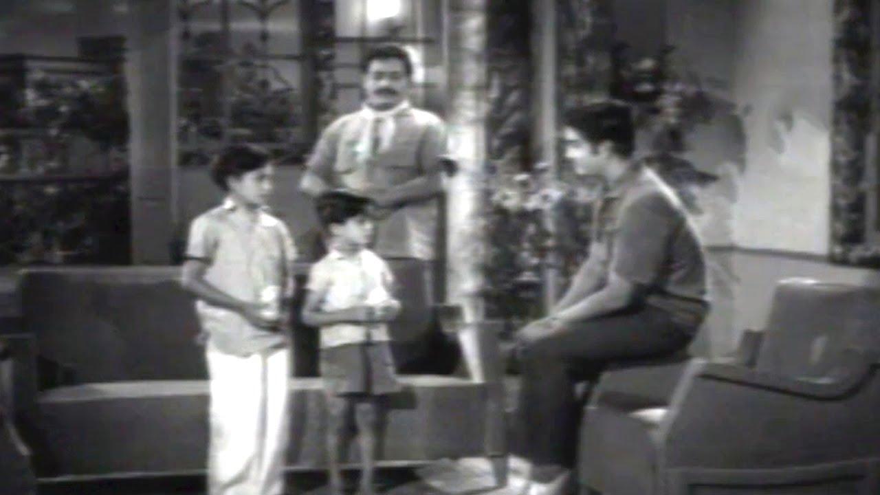 Aata Bommalu Scenes - Bhujanga Rao Give Punishment To Children - Satyanarayana - Youtube-9143