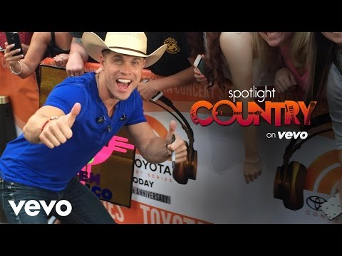 Spotlight Country - Dustin Lynch's 'One Hell of a Night' Hits #1 (Spotlight Country)