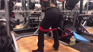 Quick workout at the gym- glutes and quads focused