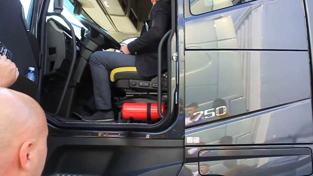 2013 NEW Volvo FH16 750 Sound - YouTube