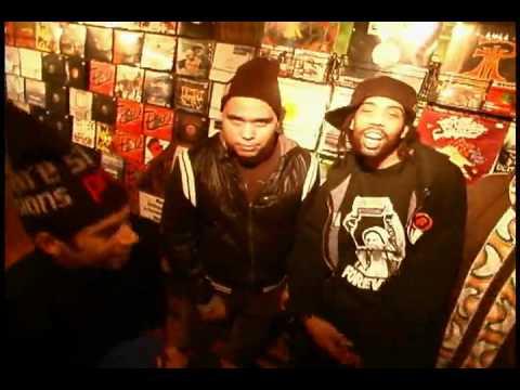 "WAXAHOLIKS feat RESPECT THA GOD & L.I.F.E LONG ""Move Along"" (Grey Square Record)"