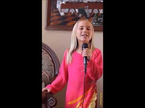 American Girl Sings Christian Vietnamese Song