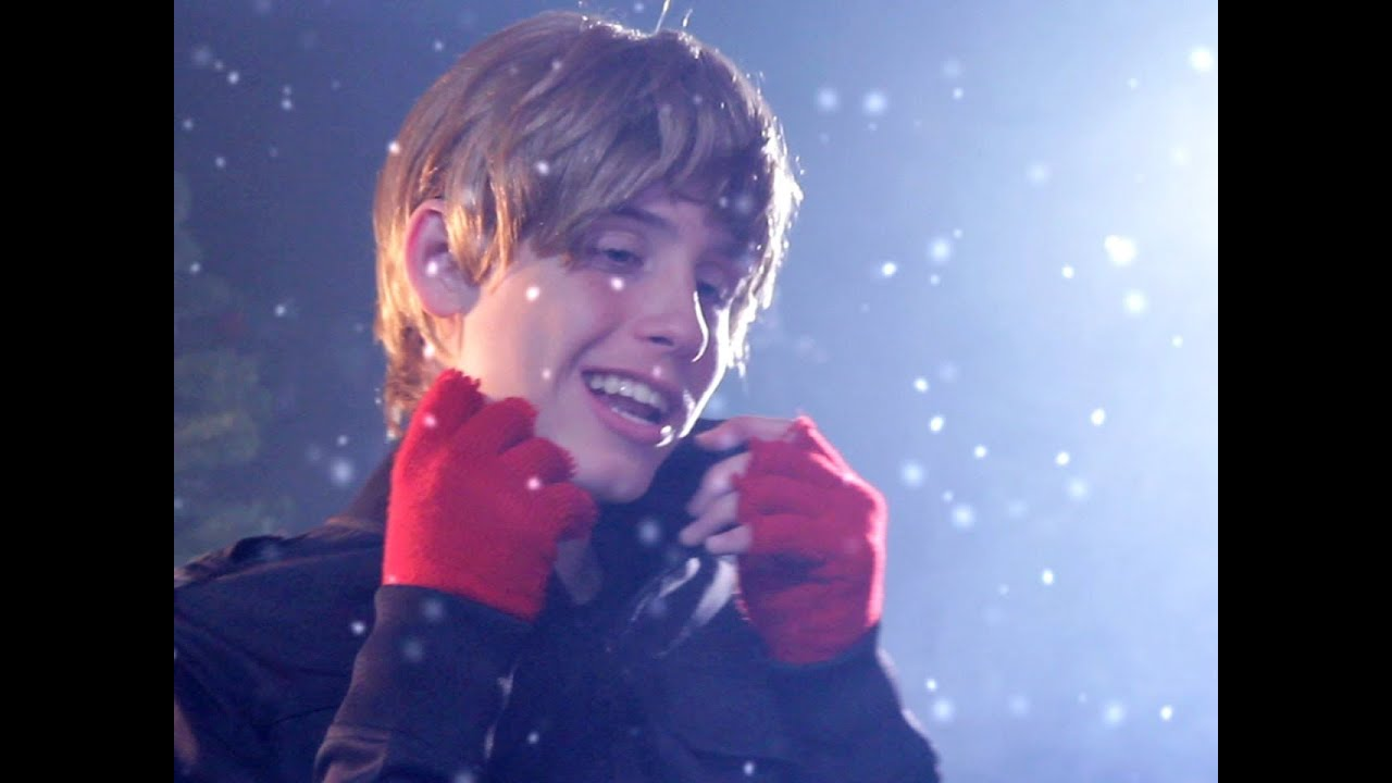 Justin Bieber - Mistletoe PARODY! Key of Awesome #51! - YouTube
