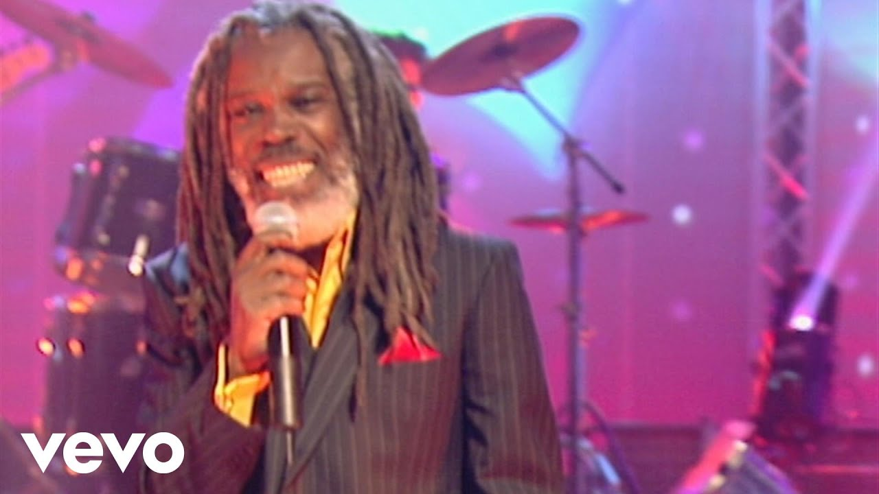 Billy Ocean - Love Really Hurts Without You (Noel's House