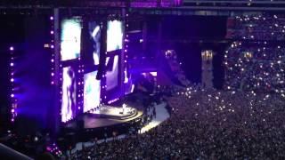Ed Sheeran - Kiss Me & Thinking Out Loud [live @ Wembley Stadium, 12/07/15] FULL SONGS