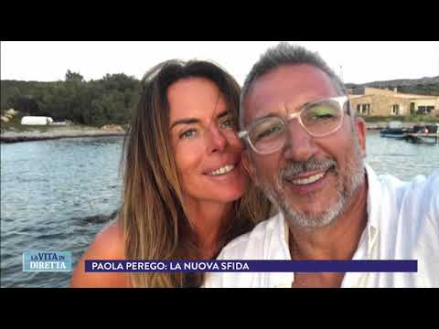 """Paola Perego torna in Rai con il suo nuovo tatuaggio: """"Qui e ora"""" - La Vita in Diretta 12/01/2018"""