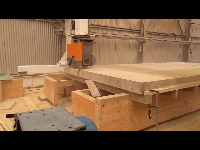 Usinagem em CNC de Vigas de Madeira Laminada Colada - CROSSLAM