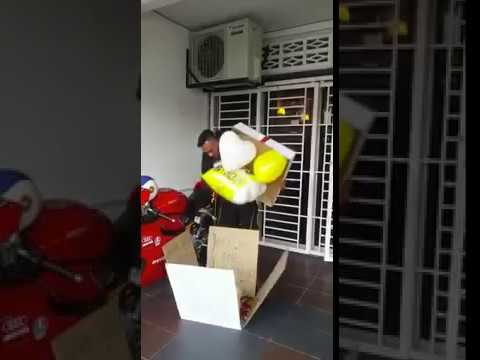 Surprise Gifts for Him - Surprise Delivery Murah di Kuala Lumpur