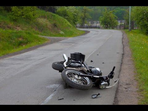 motorcycle crash compilation road rage 2015 hd compilation d 39 accident de moto n 14. Black Bedroom Furniture Sets. Home Design Ideas