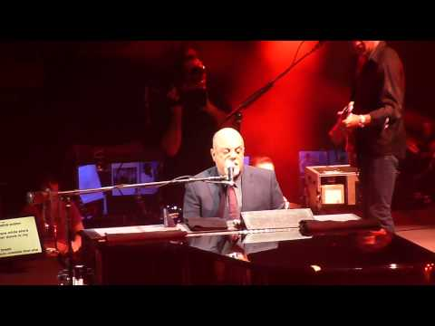 "Billy Joel ""Laura"" MSG NYC 10/2/14"