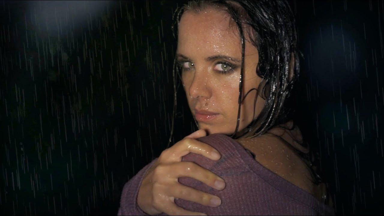 ATRAPADA (Official Music Video) | Denise Faro