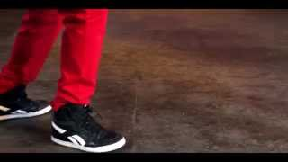 Whatsapp video_slow motion break dance steps