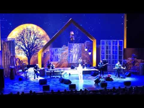 25.10.2019г. - третий концерт А. Розенбаума, московской серии.Москва, Театр Российской армии.