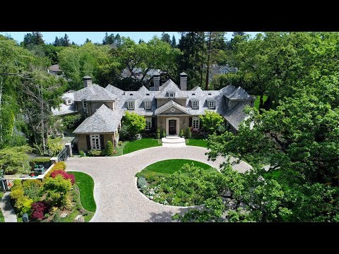 5 Robert S Drive - Menlo Park, CA by Douglas Thron drone real estate videos