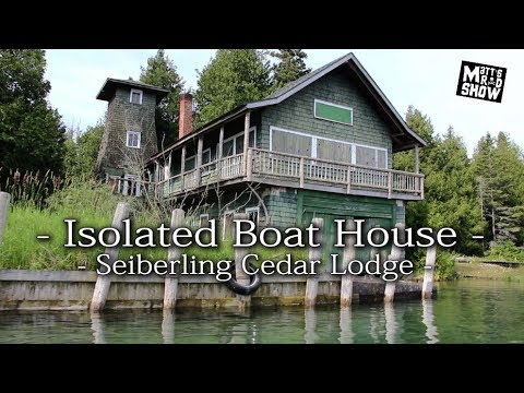AMAZING Wooden Mansion - Isolated Boathouse - Cedar Lodge - Seiberling Family
