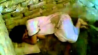 Repeat youtube video the girl of iraq - بنت العراق المظلومة