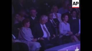 Ельцин засыпает