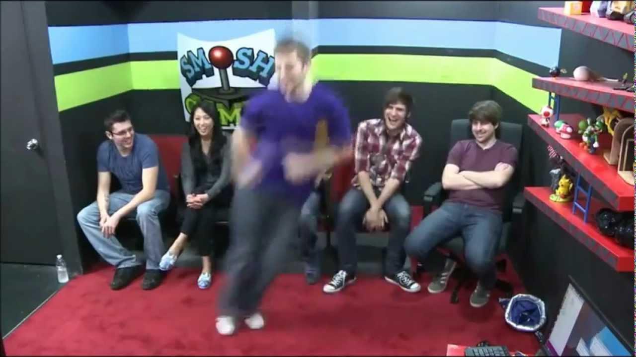 Smosh Game Bang Dance Yeybebo Youtube