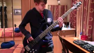Scream Aim Fire - Bullet For My Valentine (Bass Cover)