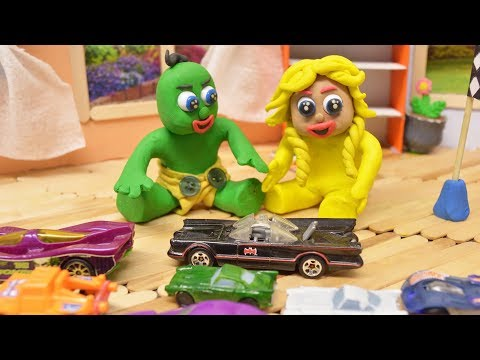 GREEN BABY PRETEND PLAY CARS TOYS - Stop Motion Cartoons For Kids