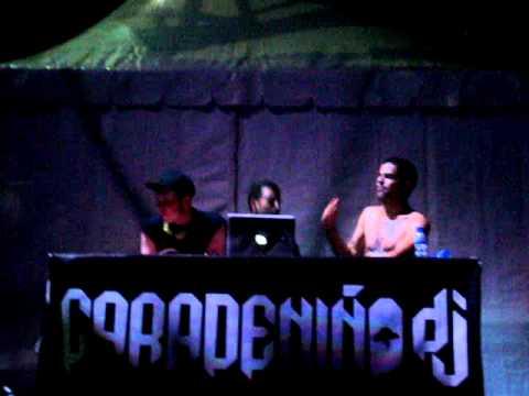 Caradeniño & kaze playing Vampire Anthem (Xacobeo 10)