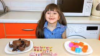 Минни Маус Киндер Сюрпризы на русском яйца открываем для девочек Minnie Mouse Kinder Surprise Eggs