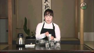 煎茶のおいしいいれ方 http://www.youtube.com/watch?v=uUDQ9h0Cffw&fea...