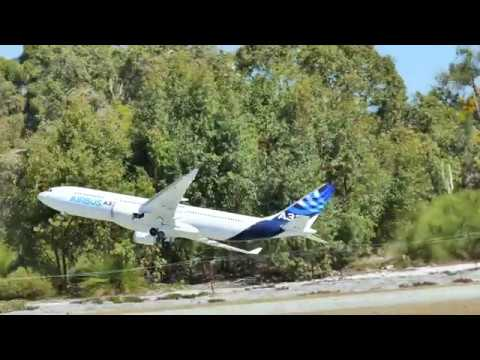 Airbus A330 RC Demonstration (4K Ultra HD)