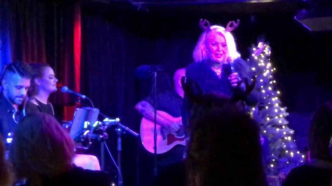 Kim Wilde Rockin Around The Christmas Tree - Live Pizza ...