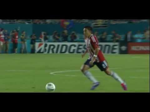 Marco Fabian vs FC Barcelona Amistoso 2011