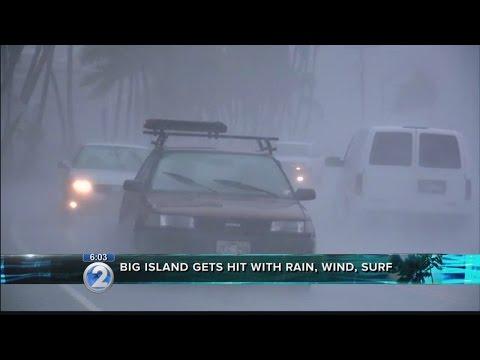 Storm surge, heavy rain reach Hawaii Island as Madeline nears
