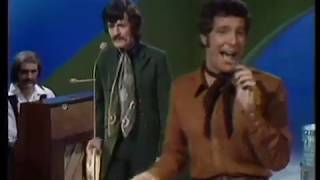 Tom Jones & The Moody Blues - Its a Hang Up Baby - This is Tom Jones TV Show 1969 YouTube Videos
