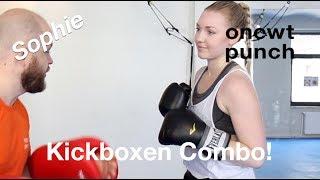 Beste 3 Kickboxen Combo mit Sophie. Roundhouse Kick, Leberhacken, Low Kick, Punch, One Two Punch