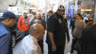 Floyd Money Mayweather has a giant bodyguard
