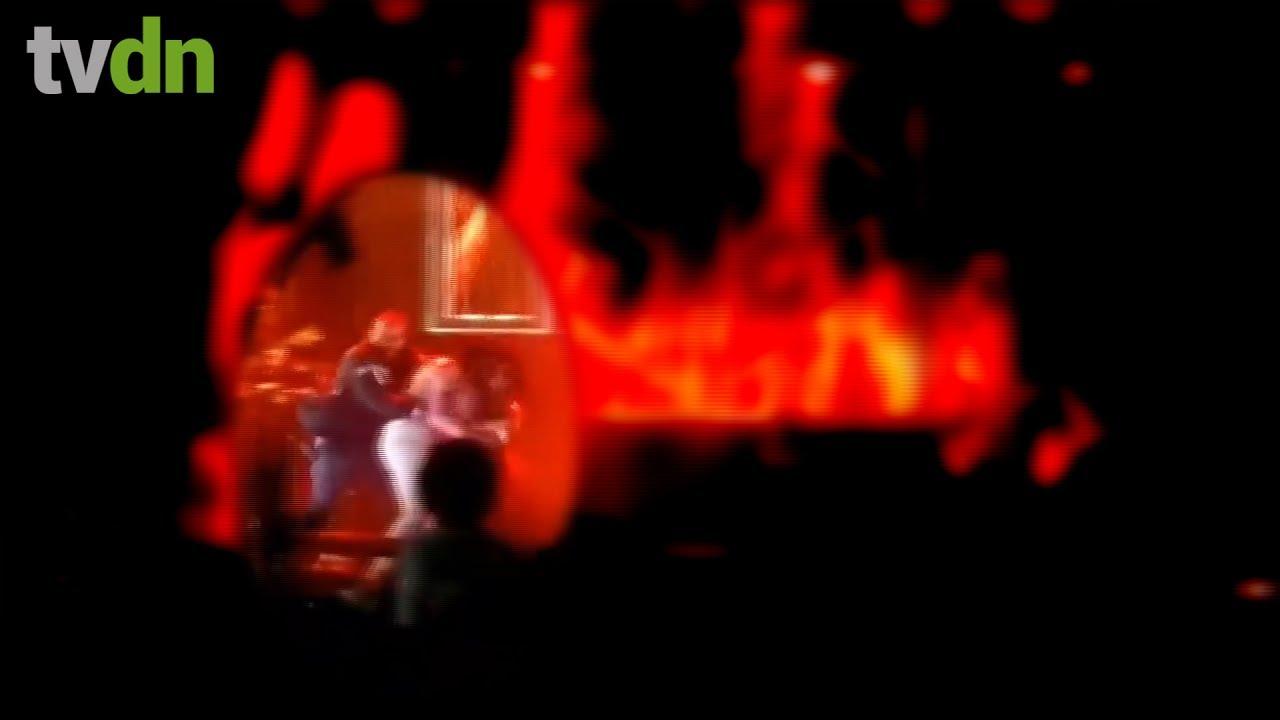 Homem derruba Simaria no palco e Simone revida com um soco