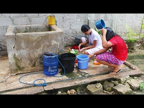 Al fresco bathing  /LifeInThePhilippines thumbnail