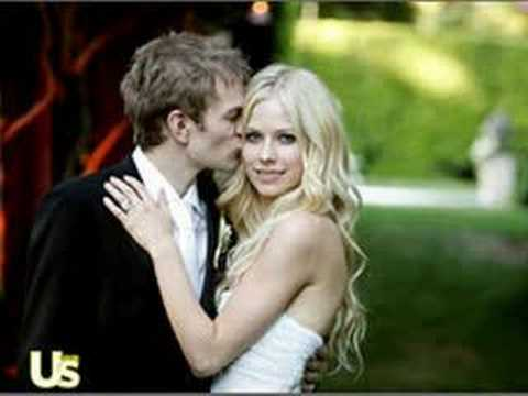 Avril Lavigne MARRIED to Deryck Whibley!