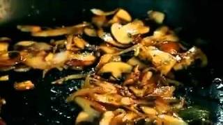 Gordon Ramsay How To Prepare Your Sauce For Steak Diane   Youtube